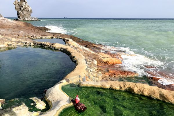 衝撃的な海の色に絶景の宝庫!地球の鼓動を感じる硫黄島(3)