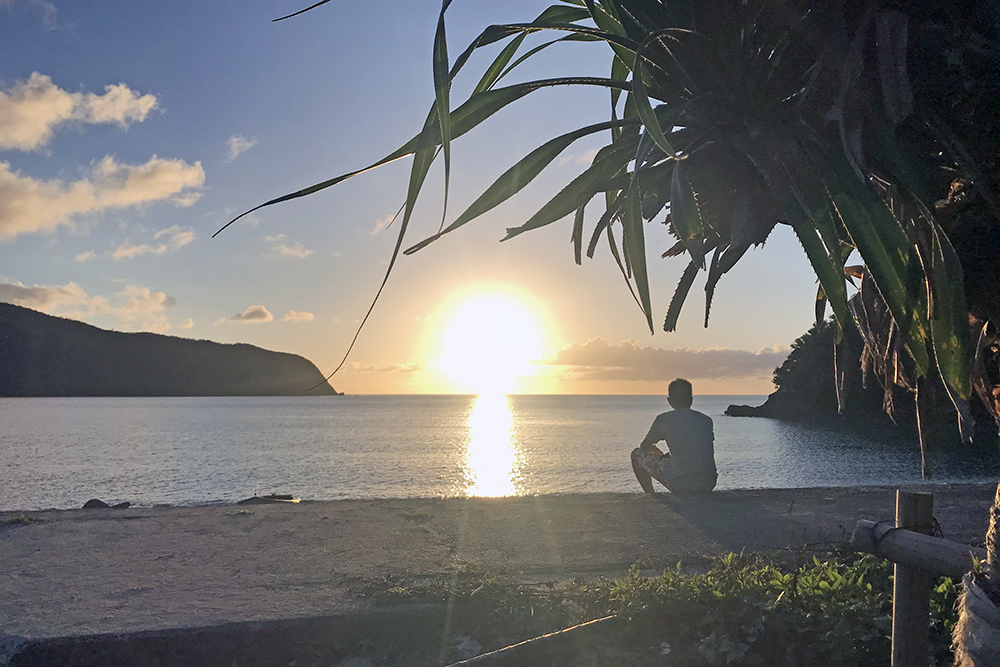 国直海岸の夕日