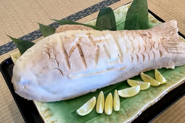 鯛の塩釜焼き 長崎 ご当地 グルメ 有名な 食べ物 おすすめ 名物 料理