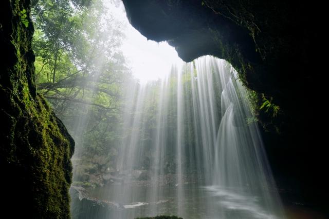 鍋ヶ滝 裏見の滝 九州 黒川 温泉 熊本 阿蘇 旅行 観光 おすすめ