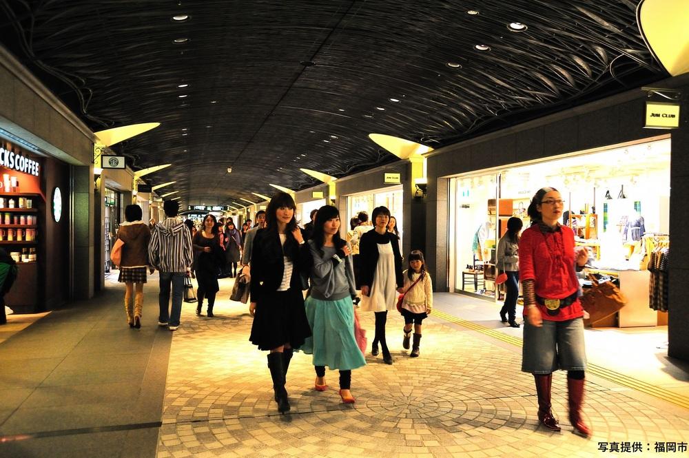 天神地下街 てんちか 福岡 天神 観光 おすすめ 旅行 スポット 地