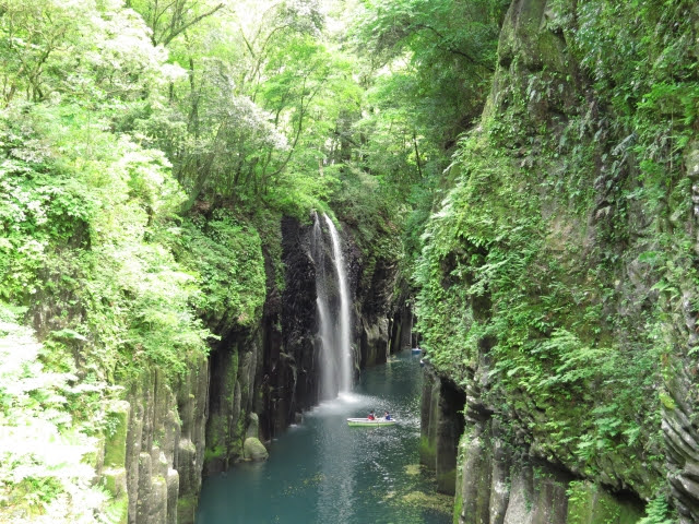 高千穂峡 宮崎 九州 観光 名所 旅行 人気