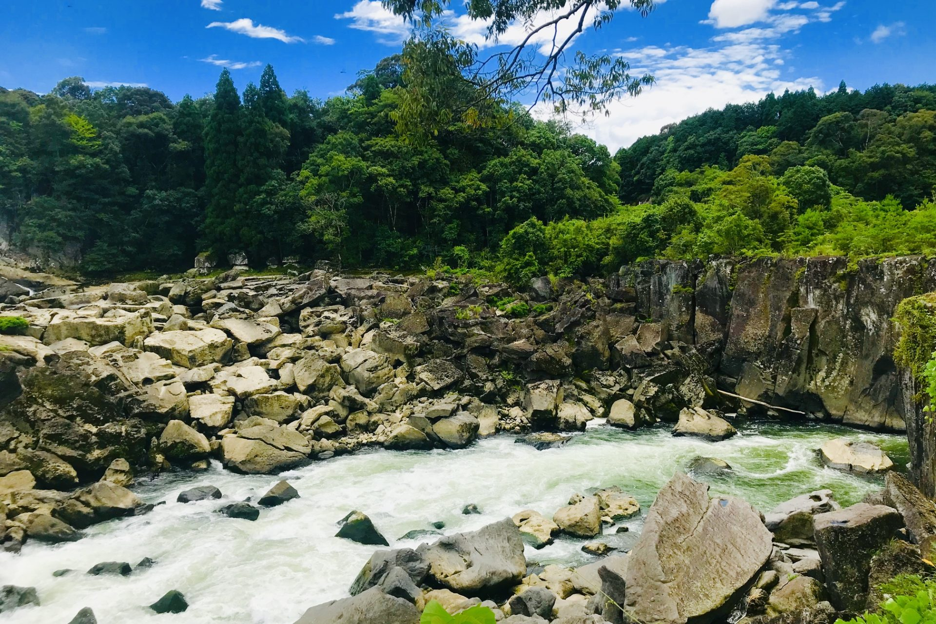 東洋のナイアガラ 曽木の滝 伊佐市 川内川 曽木の滝公園