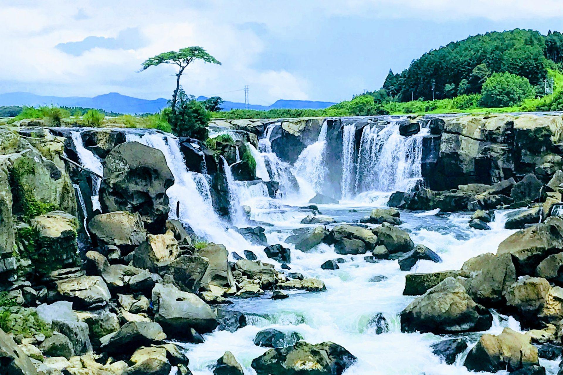 ドクロ岩 東洋のナイアガラ 曽木の滝 伊佐市 川内川 曽木の滝公園