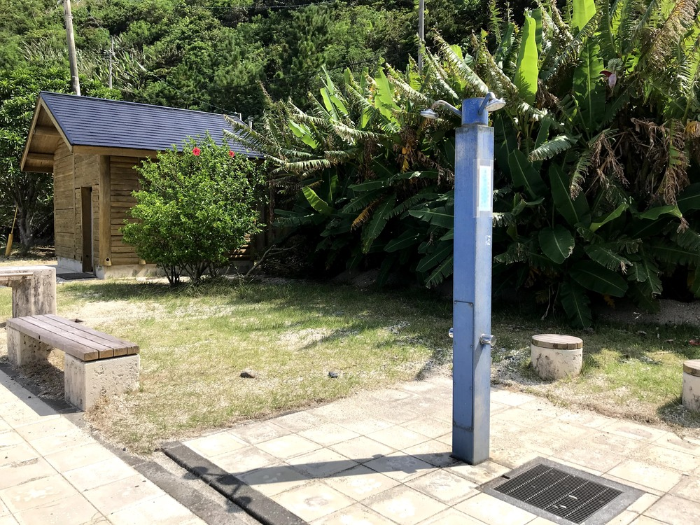 屋鈍海水浴場 設備 トイレ シャワー 奄美大島 海 ビーチ 宇検村 観光 旅行