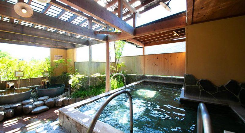 湯布院 ゆふいん 山水 館 大分県 由布市 温泉 旅館 宿 旅行 観光 おすすめ 九州