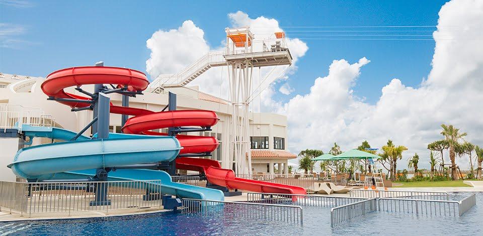 プール付きの沖縄ホテル「シェラトン沖縄サンマリーナリゾート」