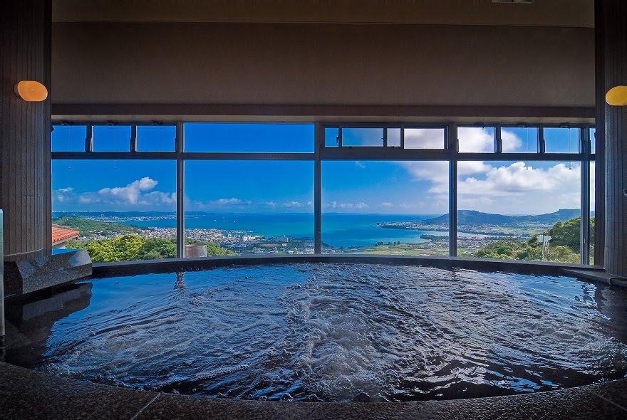 温泉つきの沖縄ホテル「ユインチホテル南城」