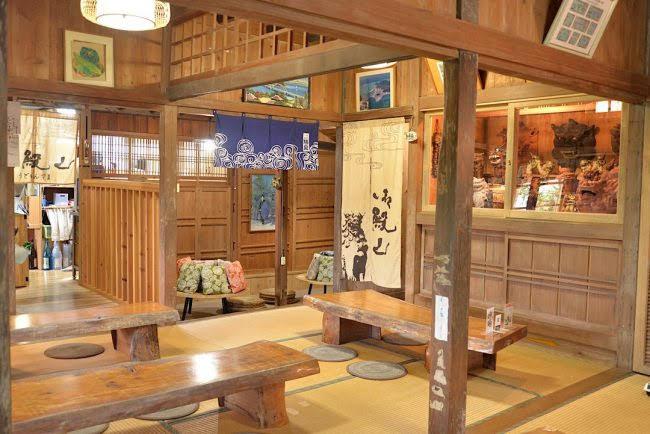 琉球を感じる古民家のお店 那覇市首里の沖縄そば屋「琉球古来すば 御殿山」