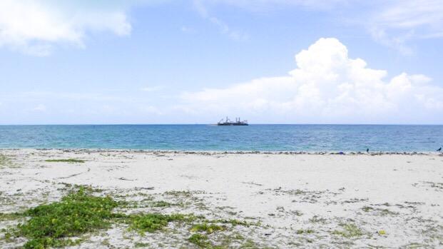 竹富島「アイヤル浜」の海