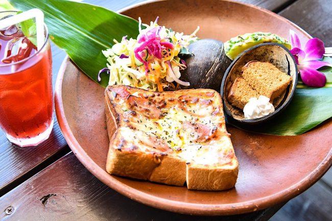 インスタ映えする沖縄カフェ「亜熱帯茶屋」