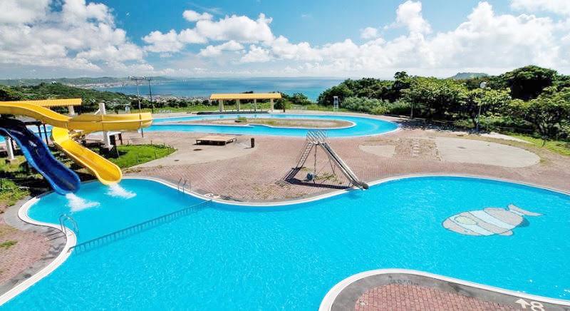 プール付きの沖縄ホテル「ユインチホテル南城」