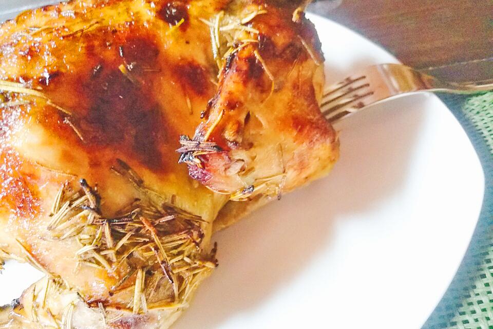 沖縄のソウルフード・チキンの丸焼き