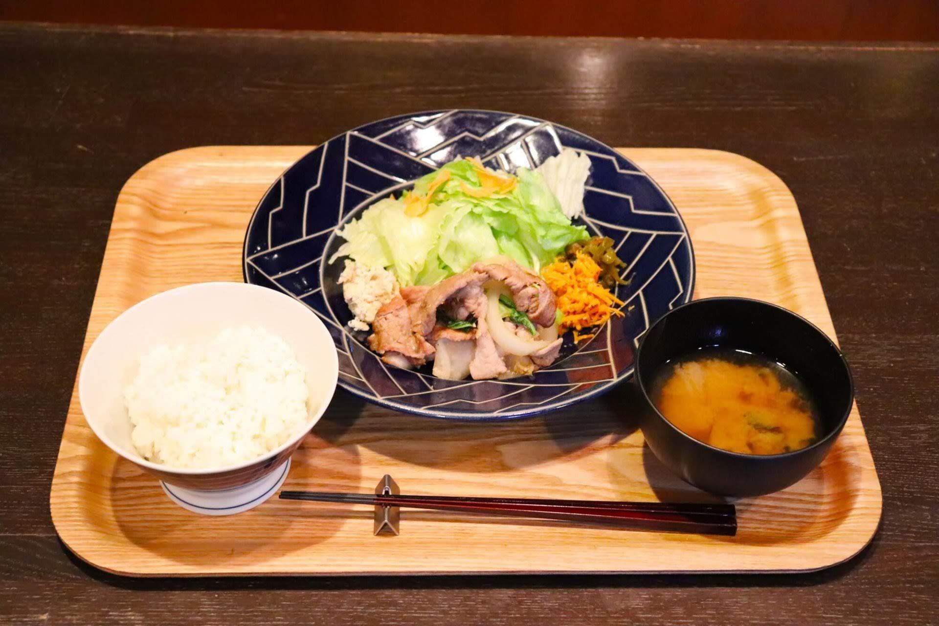 沖縄中部ランチ - 沖縄市「cafe ouchi:(カフェおうち)」