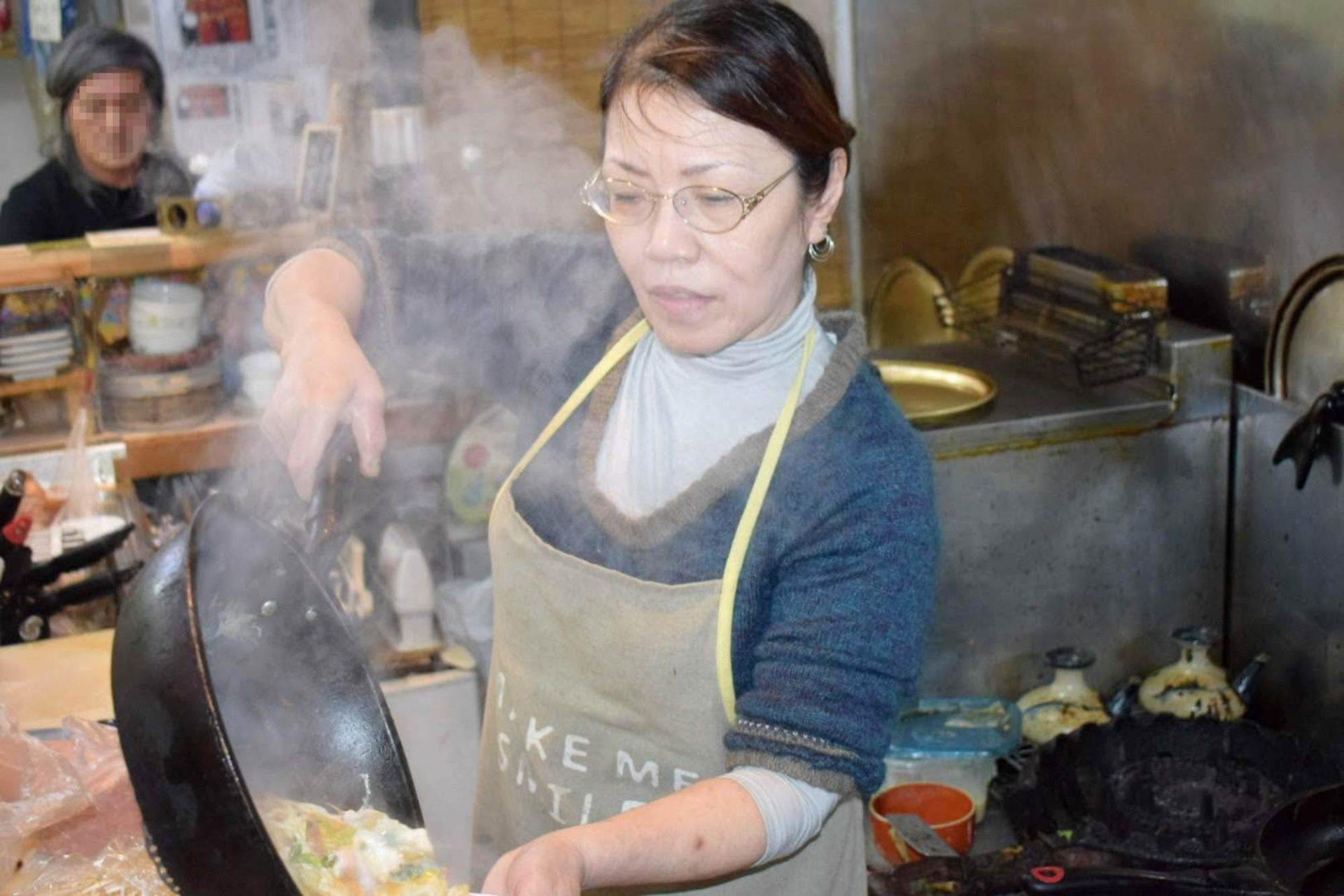 沖縄市のグルメスポット①「大衆食堂ミッキー」