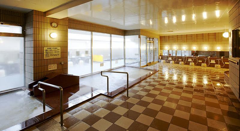 温泉つきの沖縄ホテル「ロワジールホテル那覇」