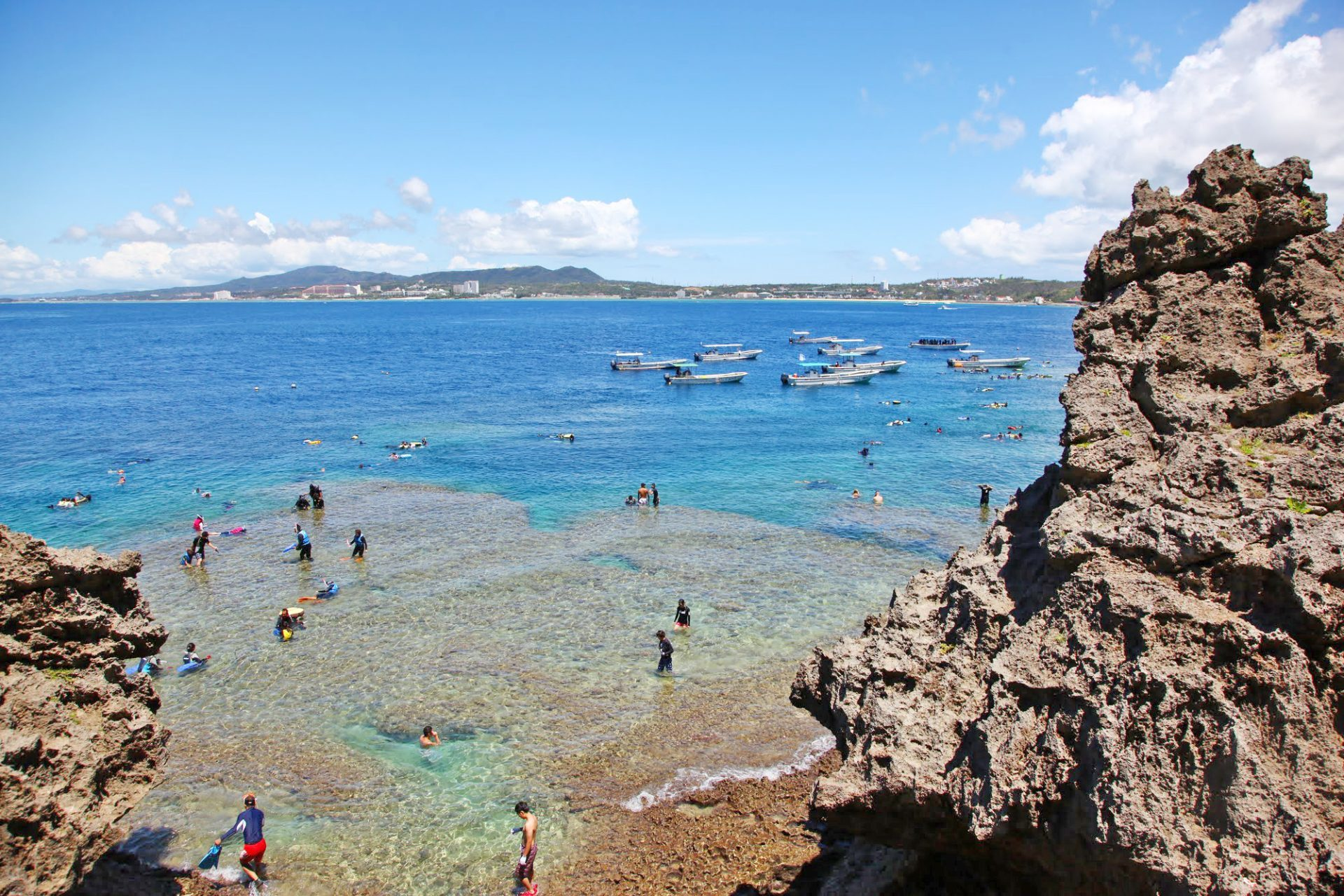 真栄田岬 おすすめ スポット 恩納村 観光 旅行 沖縄