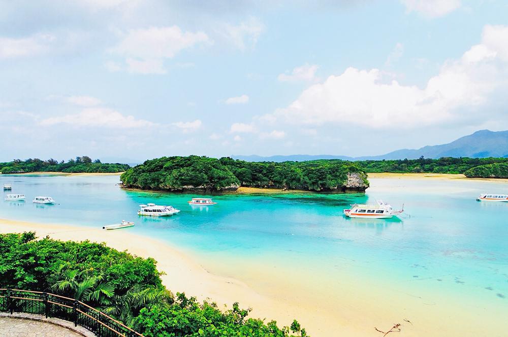 川平湾 石垣島 観光 スポット おすすめ 人気 名所 沖縄 旅行