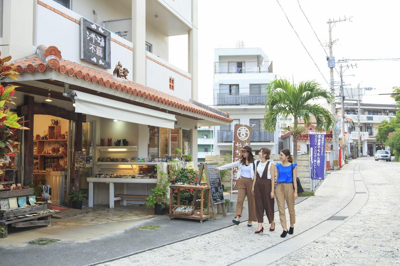 壺屋やちむん通り 那覇 国際 通り 沖縄 旅行 観光