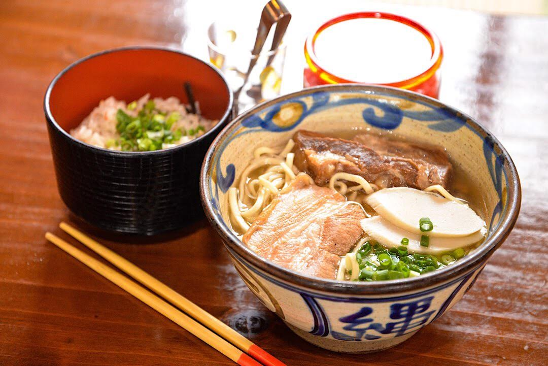 沖縄そば 海産物料理店 楚辺 那覇 夜 ご飯 おすすめ ディナー 沖縄 グルメ
