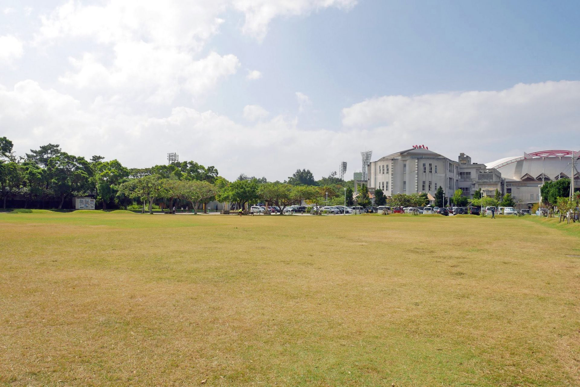 奥武山公園の広場