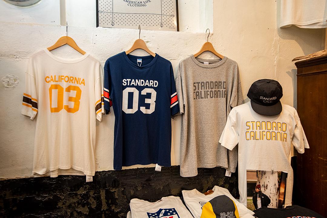CALIFORNIA STANDARDのTシャツ