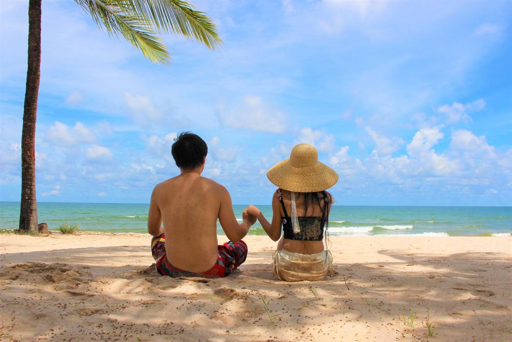 沖縄 旅行 カップル