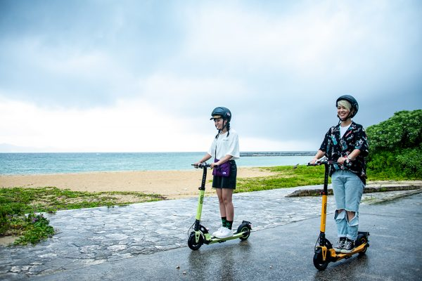 沖縄観光がさらに楽しく、快適になる! 「RIMO」の電動キックボードで充実した旅を