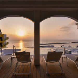 アメリカンビレッジ ホテル 沖縄 プール 北谷 LeQu Okinawa Chatan Spa & Resort レクー
