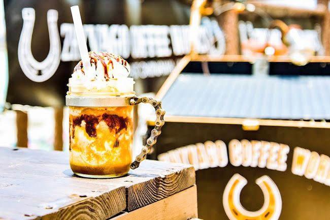 ZHYVAGO COFFEE WORKS 北谷町 沖縄 旅行 カップル