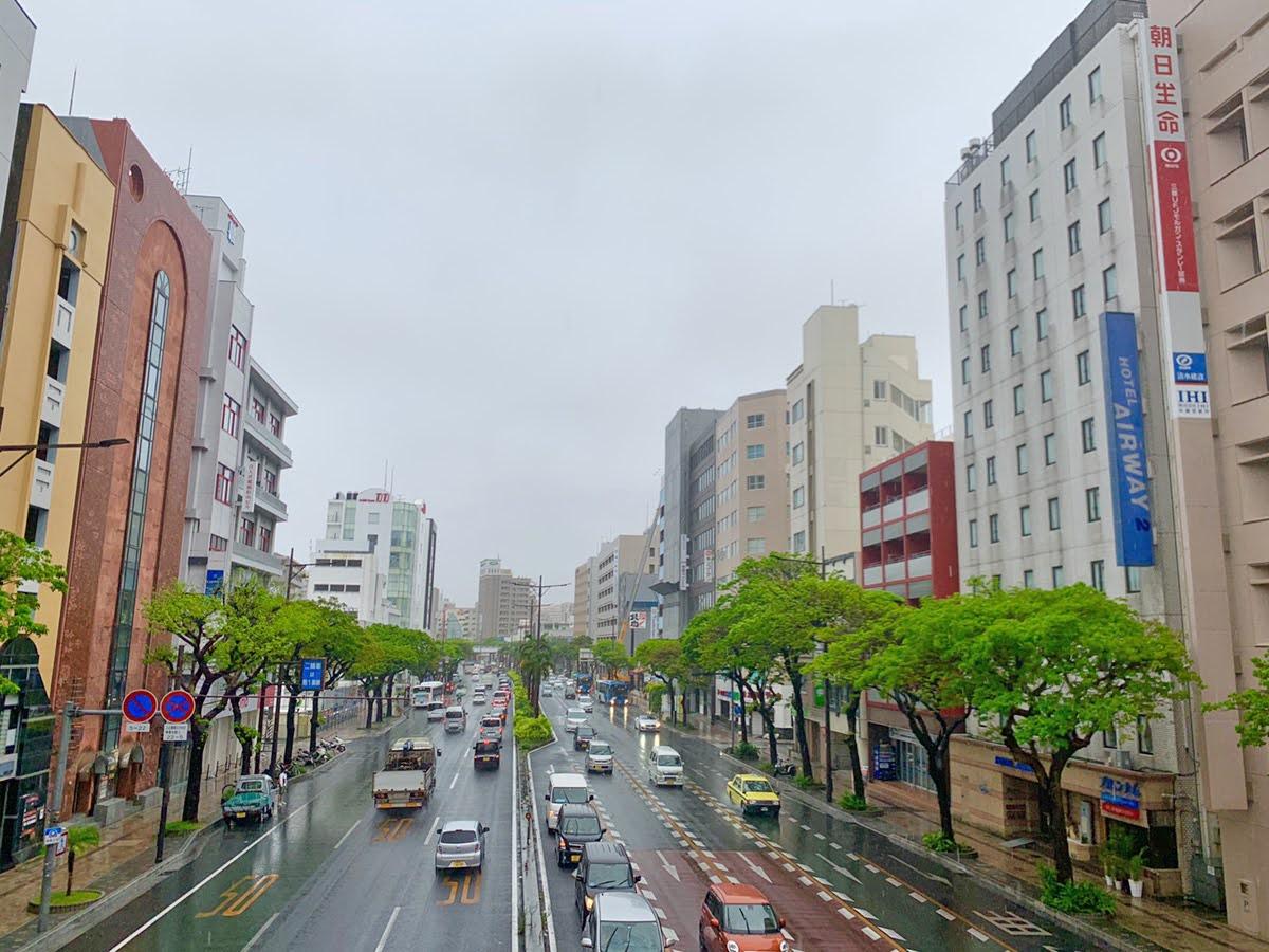 雨 沖縄 旅行 あるある 観光