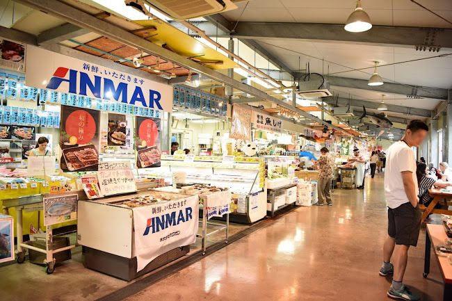 道の駅いとまん  お魚センター 糸満市 沖縄 海鮮丼 魚 おすすめ