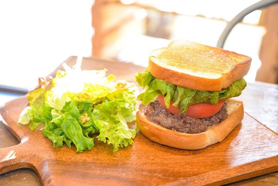 FIFTH SON フィフサン 北中城村 沖縄 モーニング 朝食 カフェ