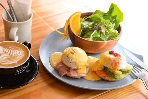 宜野湾市で自家焙煎コーヒーと絶品モーニング ゆったり過ごせる「FLAP COFFEE 普天間店」 イメージ