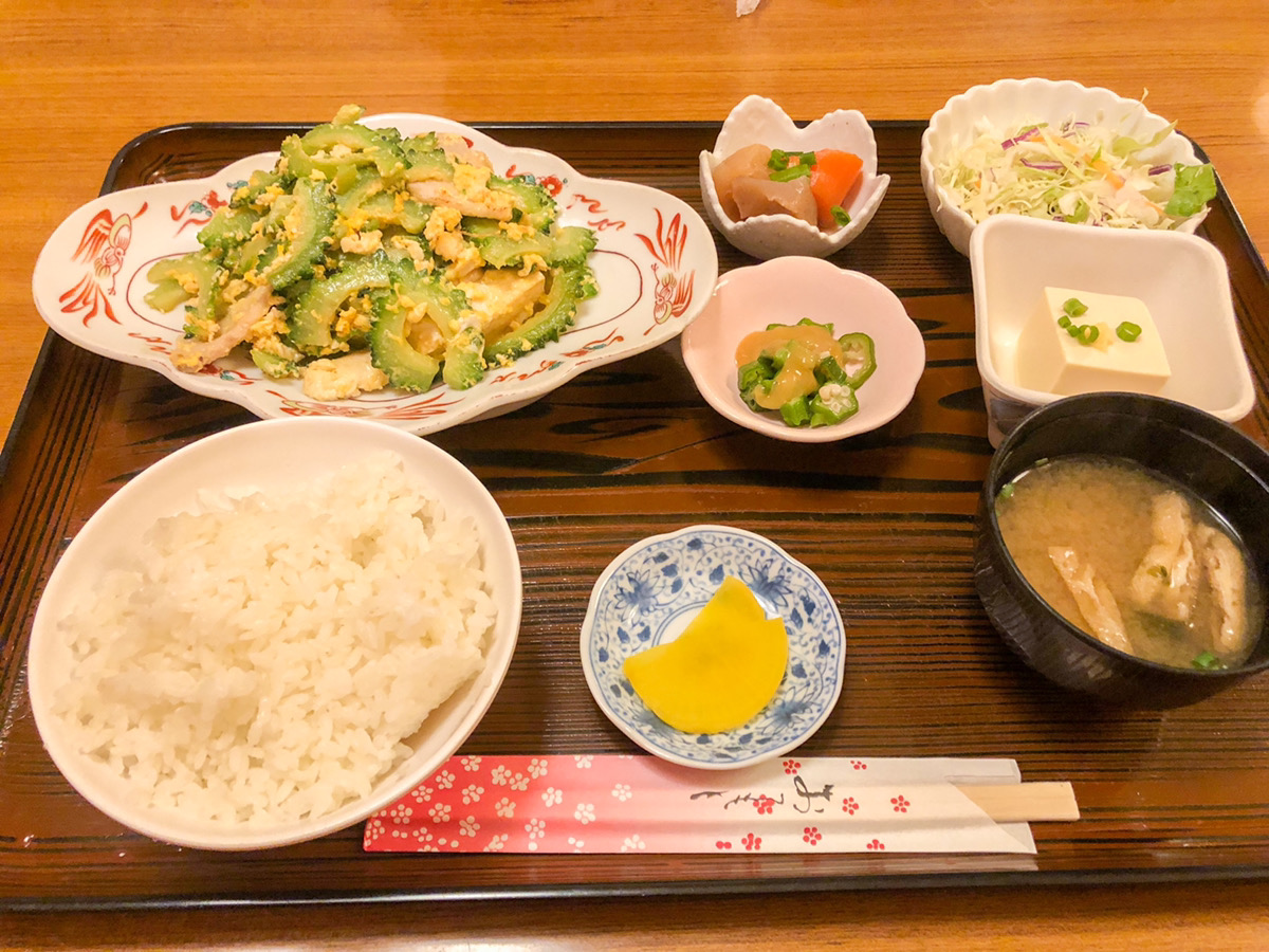 ゆきの 名護市 おすすめ 食堂 ランチ 沖縄 昼食