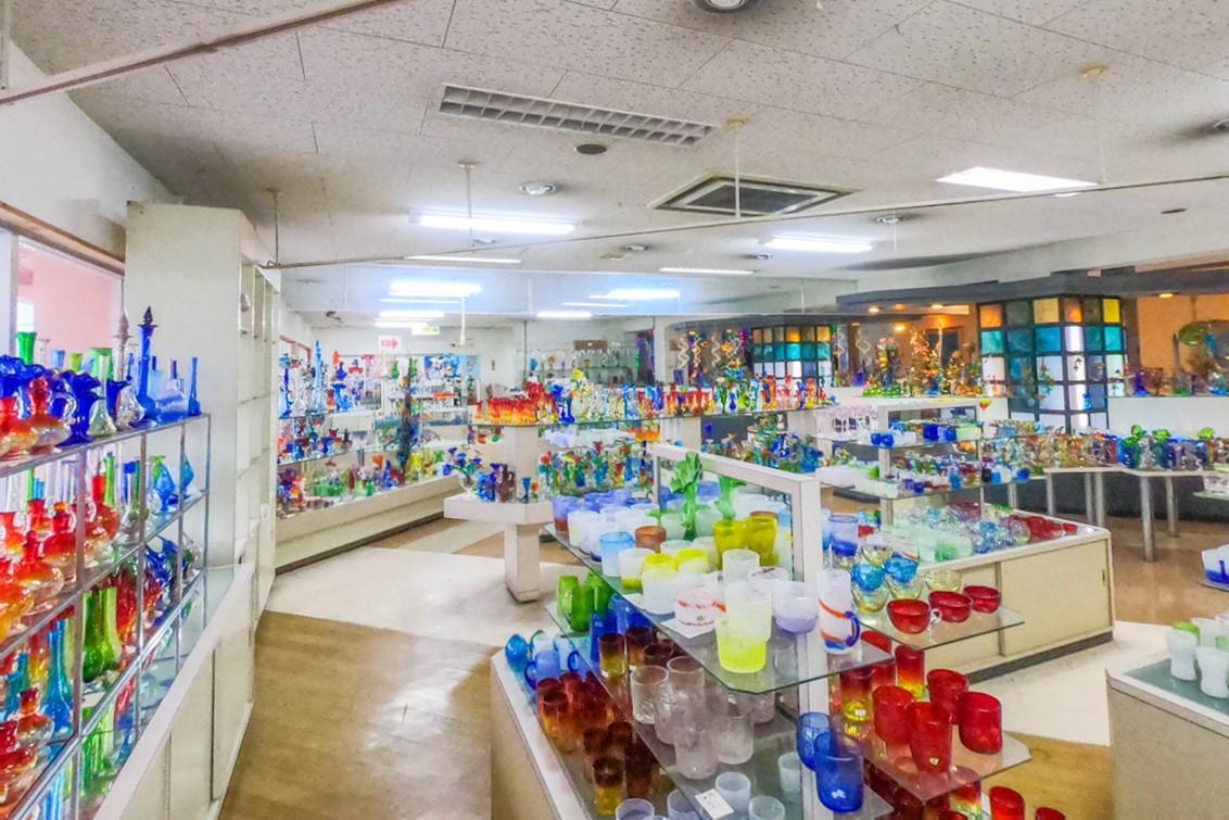 恩納ガラス工房 おすすめ スポット 恩納村 観光 旅行 沖縄