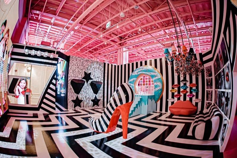 ダンススタジオ イーアス沖縄豊崎 iias ステムリゾートひたすら可愛いミュージアム
