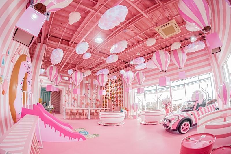 カフェ イーアス沖縄豊崎 iias ステムリゾートひたすら可愛いミュージアム