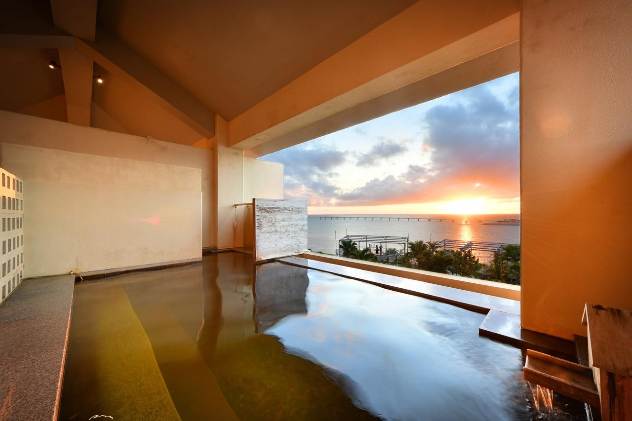大浴場  龍神の湯 沖縄 瀬 長島 ホテル 琉球温泉 旅行 観光 豊見城市 おすすめ 宿泊