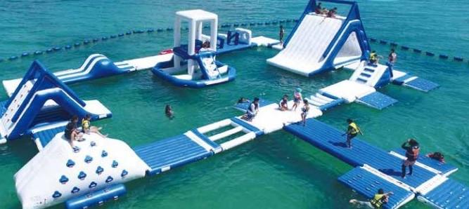 喜瀬ビーチ アクアパーク 名護市 沖縄 海上アスレチック