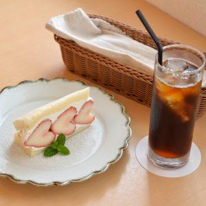 有名なあの人たちも味わった絶品コーヒーがここに フードもデザートも美味しい浦添市の「cafe chouette」