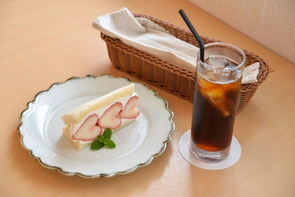 有名なあの人たちも味わった絶品コーヒーがここに!フードもデザートも美味しい浦添市の「cafe chouette」 イメージ
