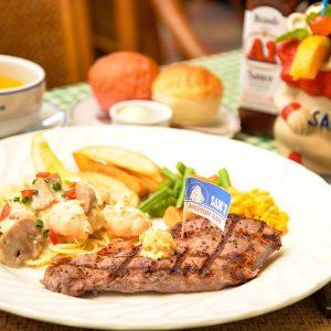 美味しいステーキ&シーフードをリーズナブルに 北中城村のレストラン「サムズカフェ」
