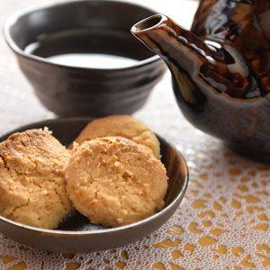 沖縄の三時茶(さんじじゃー)にはやっぱりこれ 古い歴史を持つ伝統沖縄お菓子「ちんすこう」