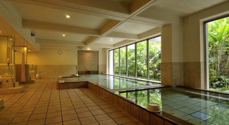 大浴場・サウナ ホテル ムーンビーチ 恩納村  おすすめ 西海岸 沖縄 旅行 観光