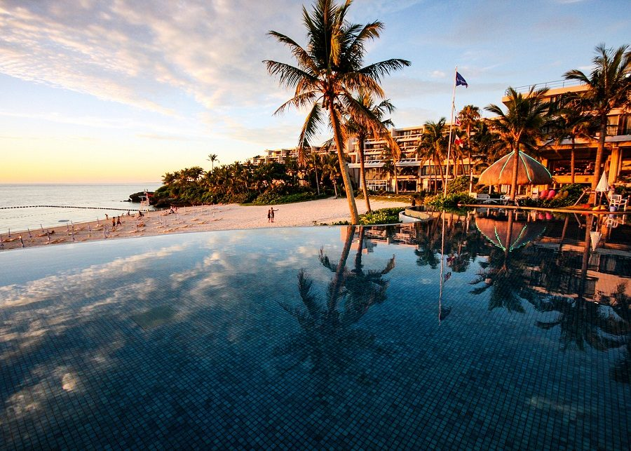 ラグーンプール ホテル ムーンビーチ 恩納村  おすすめ 西海岸 沖縄 旅行 観光