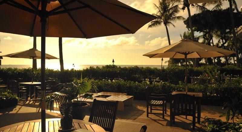 カフェテラス「ボワール」 ホテル ムーンビーチ 恩納村  おすすめ 西海岸 沖縄 旅行 観光