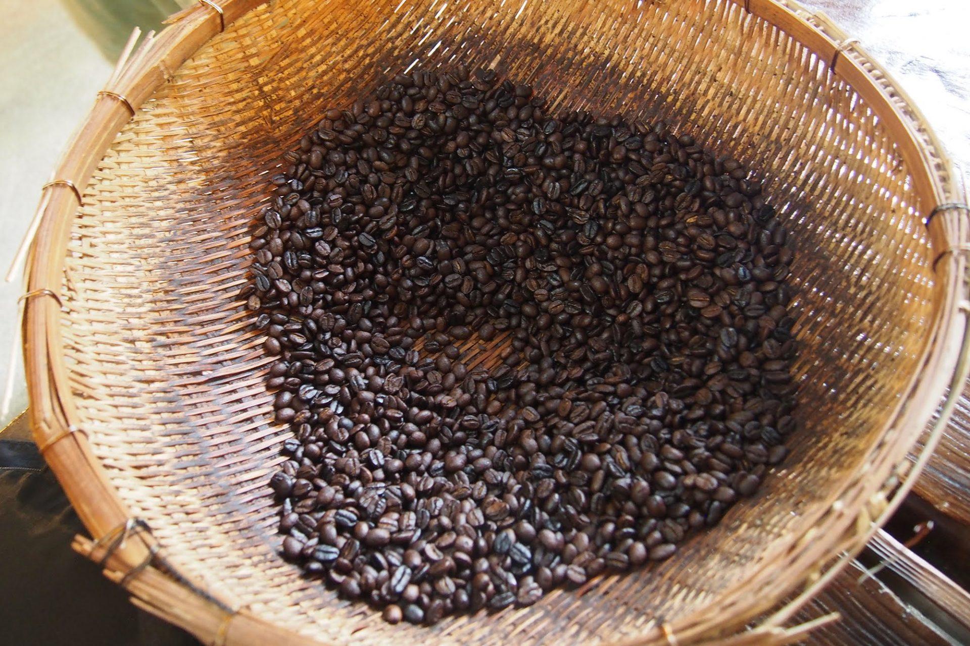 コーヒー豆 やちむん喫茶 シーサー園 コーヒー 湧き水